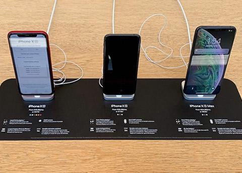苹果面临双重打击 iPhone销量再度被看衰