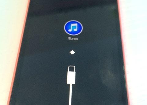OTA升级iOS8.0.2变砖怎么办?用iTunes恢复至iOS8.0.2