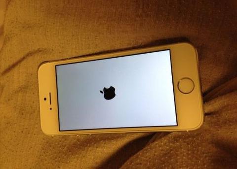 iPhone白屏死机是什么原因?遇到iPhone白屏死机怎么解决?