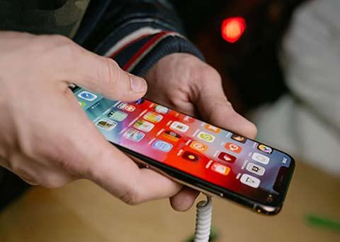 瑞银预测:iPhone的销量明年仍会持续低迷