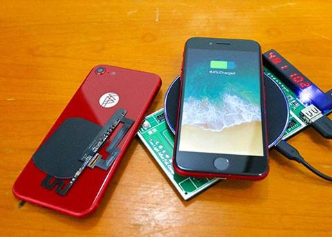 真会玩:歪果仁给iPhone7加入了无线充电