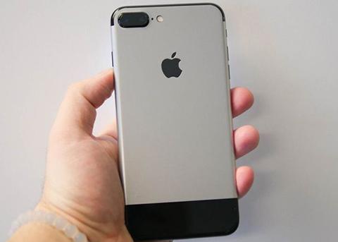 iPhone 7 Plus换装后变成初代iPhone 你喜欢么?