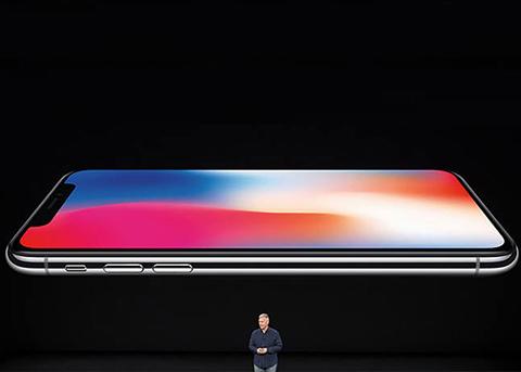传今年三款全新iPhone都将配备OLED屏幕