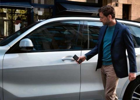 CarKey即将上线:你可以用iPhone或Apple Watch替代车钥匙了