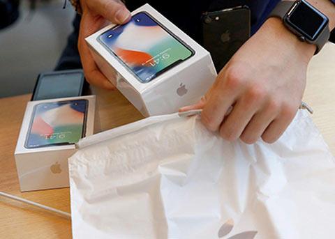 苹果正在为 iPhone 开发定制的调制解调器