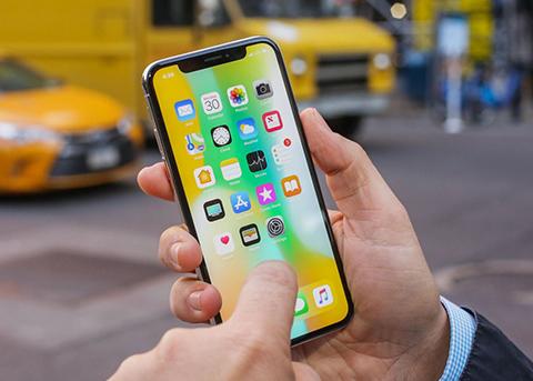 都是齐刘海惹的祸 iPhone X或于今秋停产