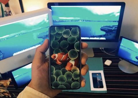 如果iPhone8没有实体键 那该如何操作?