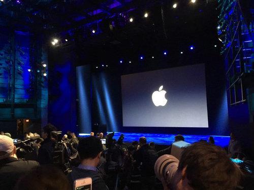 苹果在官网短暂宣布发布会时间,但消息很快被撤下