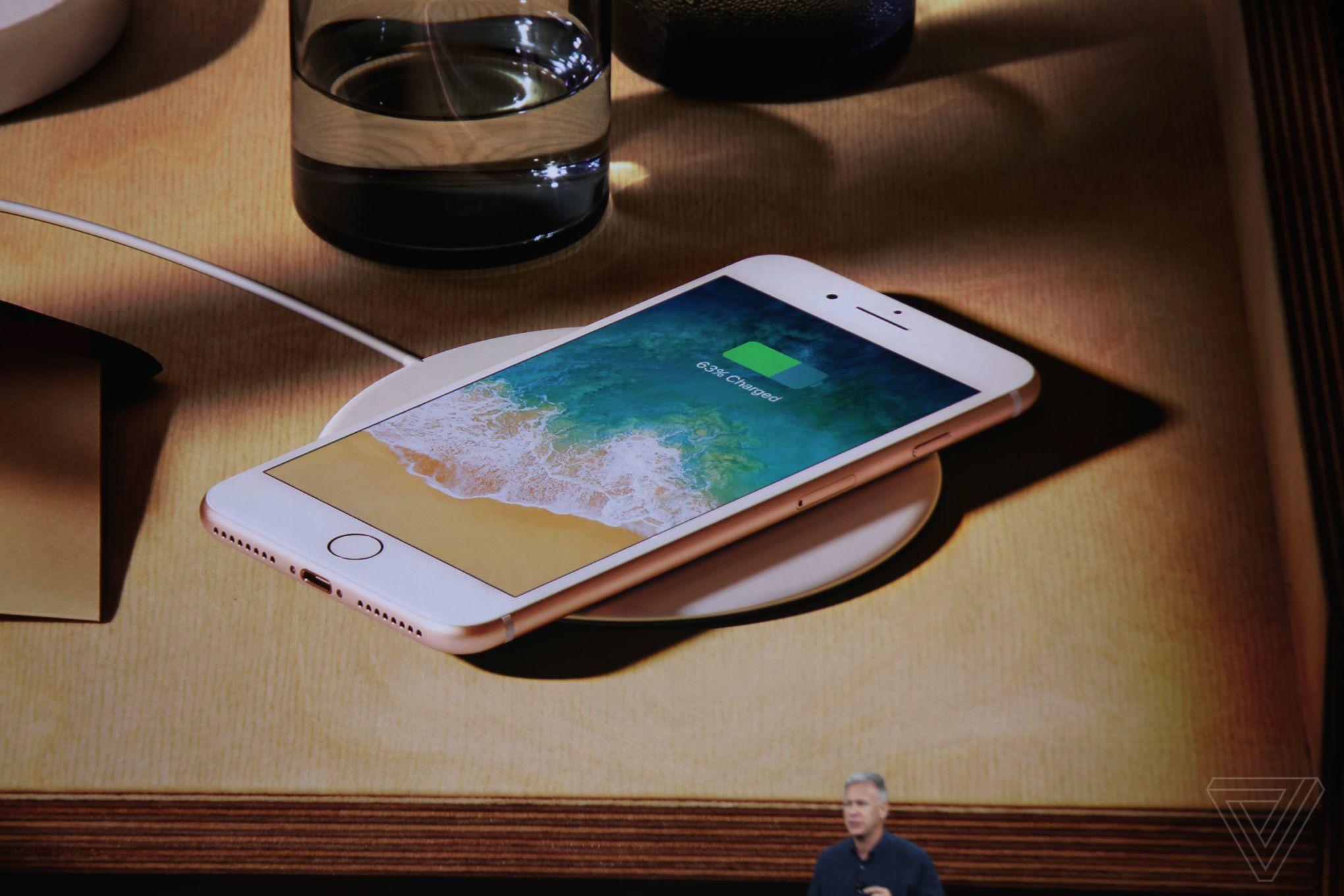 一张图看完iPhone  X,iPhone 8,iPhone 8 Plus 参数配置对比!