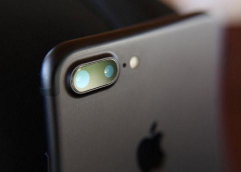 苹果调整iPhone供应链 部分老供应商惨遭重创