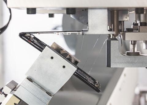 苹果公布新款拆解机器人Daisy:每小时拆200部iPhone