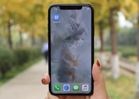 iPhone X销量远不及预期:靠廉价版救场?