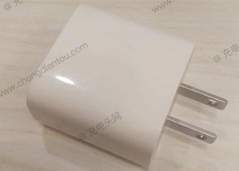 疑似iPhone 9充电器曝光:配18W USB PD?