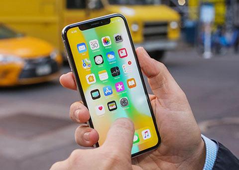 为降低损失,苹果欲将老款 iPhone 转单和硕