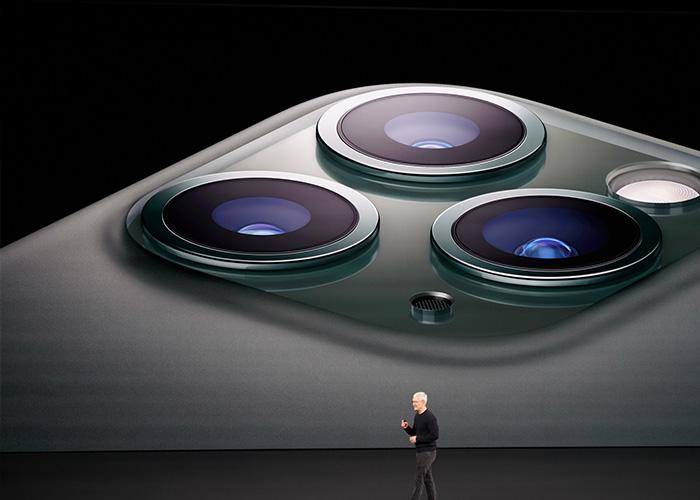 """iPhone11 系列再曝""""进灰门"""",进灰现象比较普遍"""