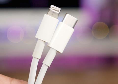 苹果USB-C转闪电连接线降价,暗示新款iPhone换快充