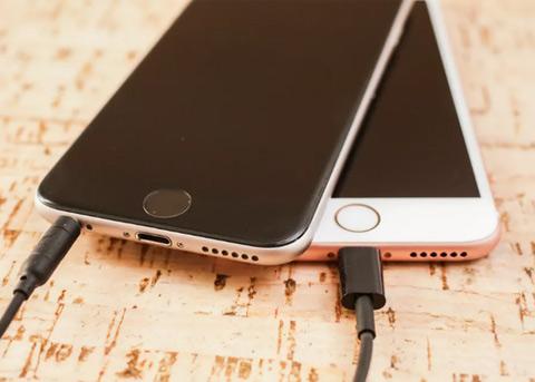 """旧iPhone变慢引发集体诉讼 苹果涉嫌""""三宗罪"""""""