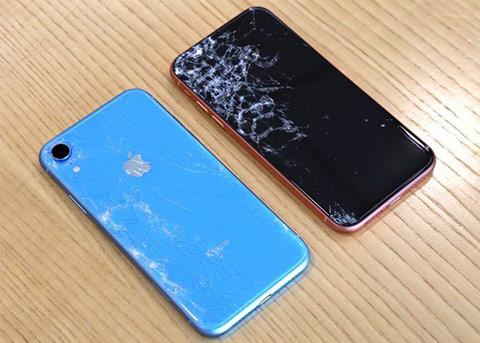 跌落测试: iPhone XR跟iPhone XS一样易碎
