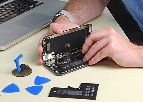 苹果回应屏蔽第三方电池:想要确保大家安全