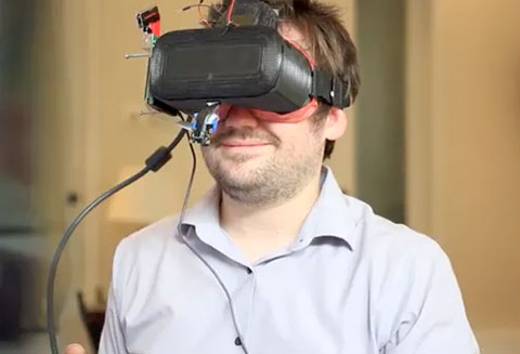 可还原面部表情的Veeso:更加专注VR社交
