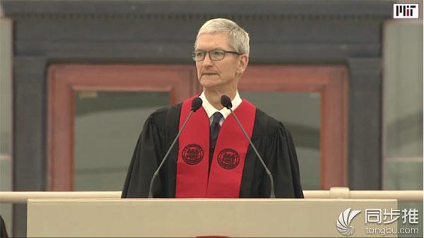 库克:苹果的AI技术已经在用户身边