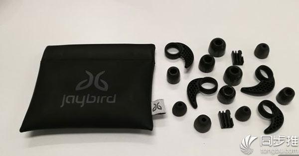 满载期待与希望:大家对AirPods 2有何想法?
