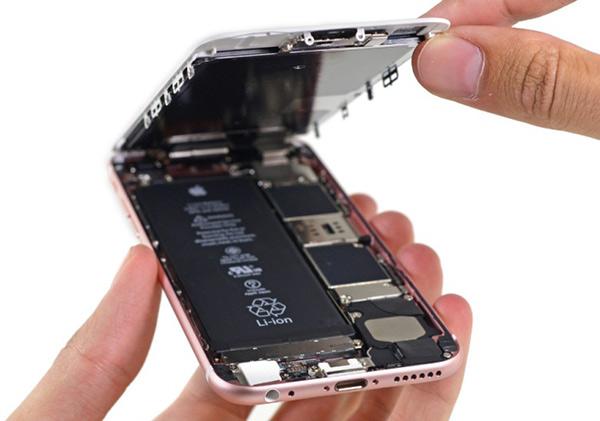 苹果承认旧iPhone会因电池老化变慢,但理由很充分