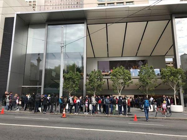 中国卖得好也没用 iPhone X下季砍单四成