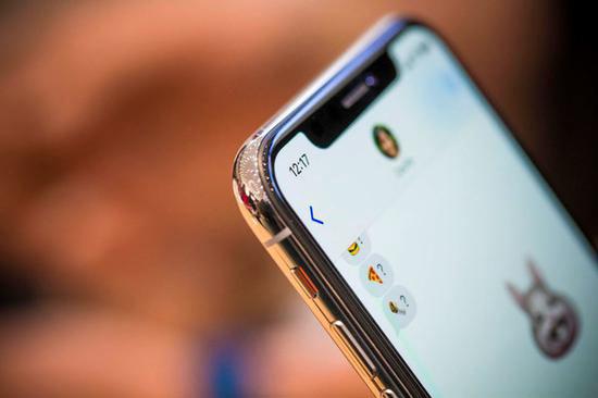 廉价版iPhone X曝光:苹果要加入屏下指纹!
