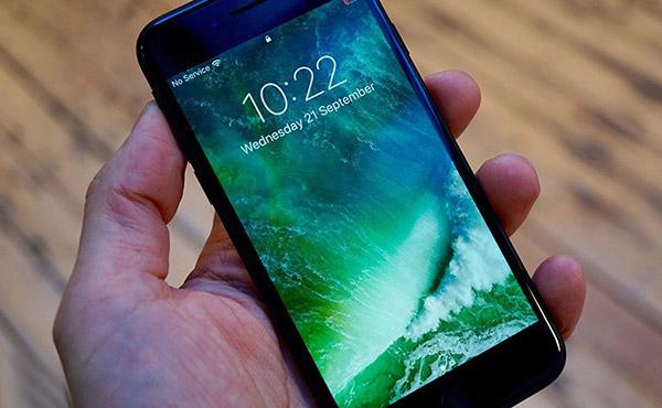 你的iPhone7中招了么?这些型号出现无服务的问题!