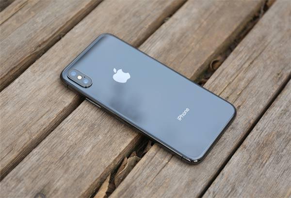 苹果今年或推三款新iPhone 将提前开始生产备货