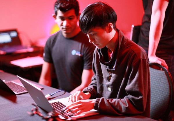 Pwn2Own 2018黑客大会:macOS和Safari被攻破