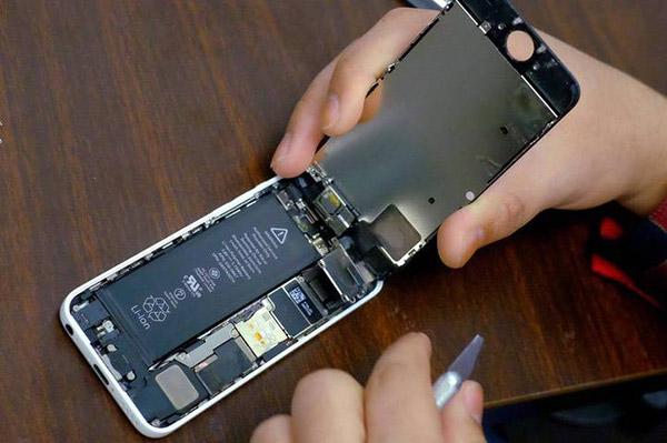 旧iPhone想换电池?排队的时间越来越长了