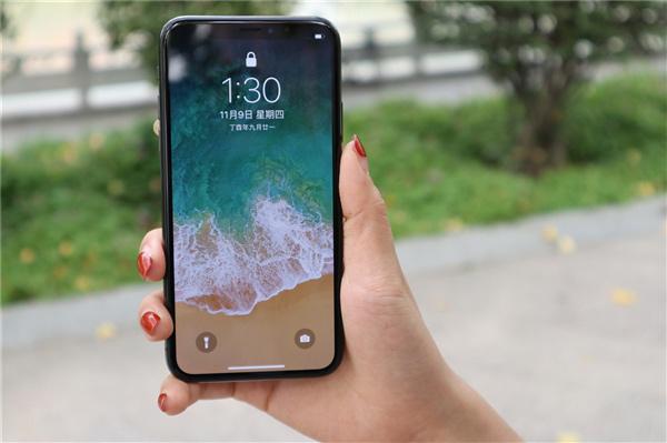 三星高端OLED屏需求疲软:iPhone X销量惨淡