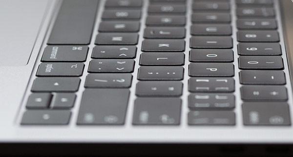 键盘故障率太高,用户联名要求苹果召回 MacBoo