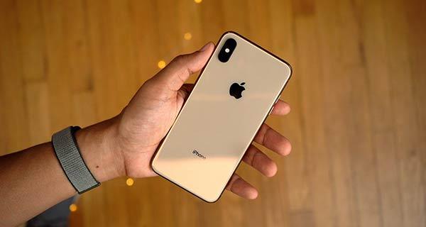 部分iPhone XS/XS Max无法在息屏状态下充电 你遇到了么?