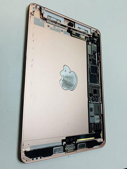 一款未发布的iPad mini曝光:天线重新设计
