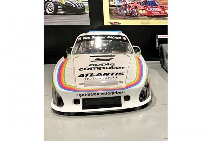 苹果赞助的1979年款保时捷935赛车复刻版现以50万美元出售