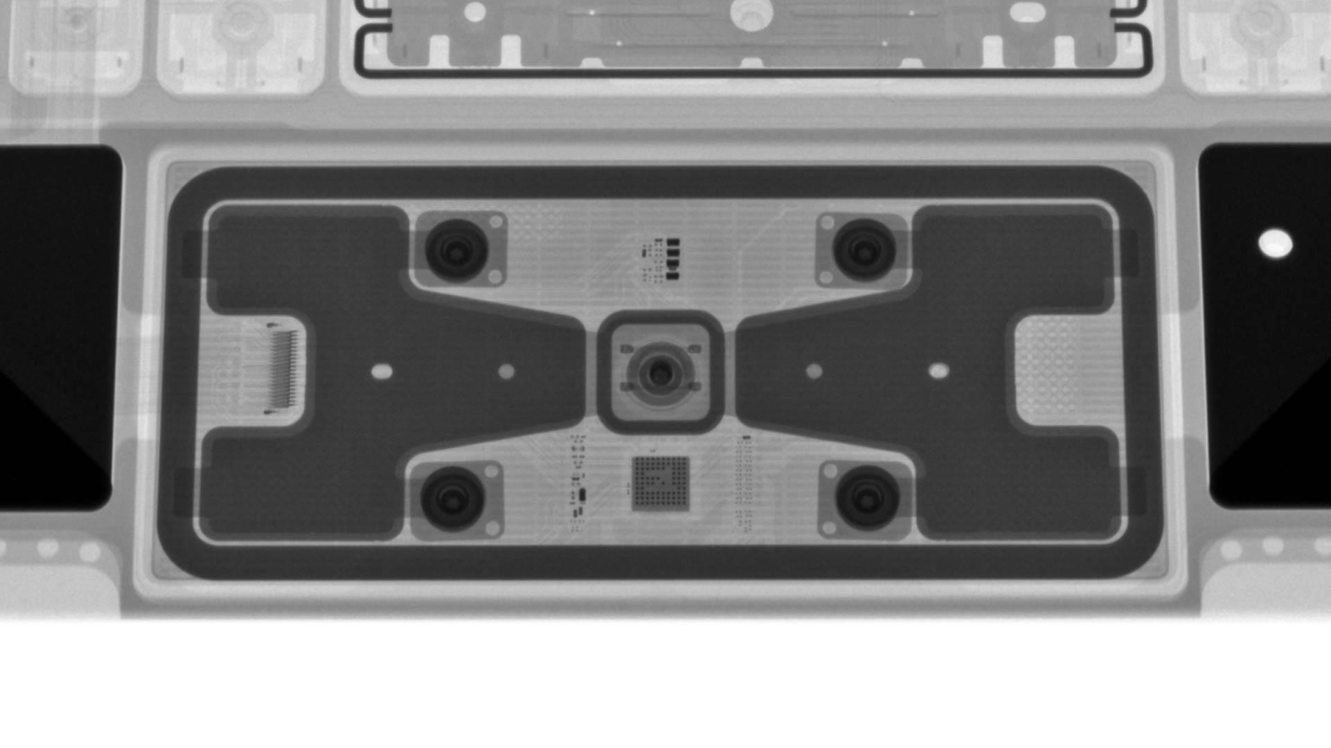 X射线下的iPad Pro妙控键盘:设计复杂 排布工整