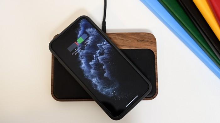 苹果研究双向无线Qi充电盒 不需要Lightning数据线充电