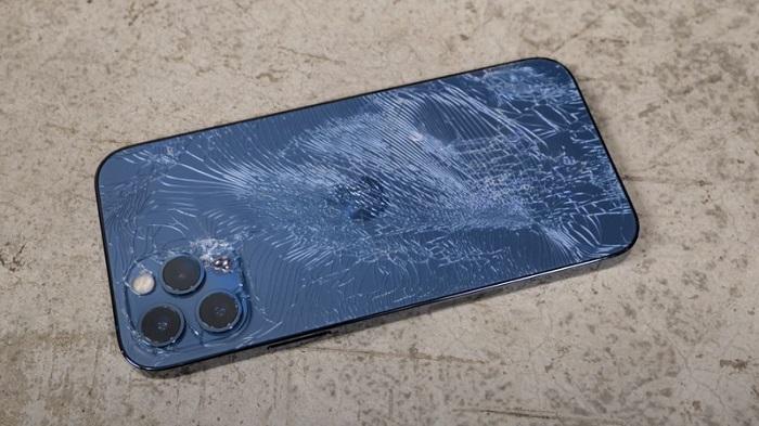 苹果新维修方案:单独修复iPhone 12 Pro的后盖 而无需更换整机