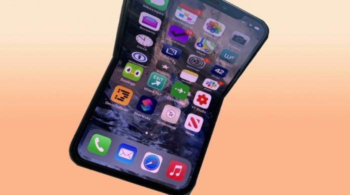 苹果新专利:可折叠iPhone可能使用高亮度像素来预热柔性显示屏
