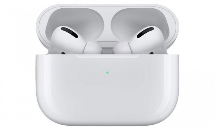 曝苹果今年将削减AirPods产量 网友调侃:华强北赢了
