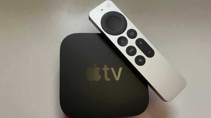 2021款Apple TV 4K机顶盒很好拆 但Siri Remote遥控器换电池很难