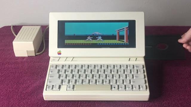 Apple II版《空手道》游戏暗藏彩蛋 反装软盘会让画面倒置过来