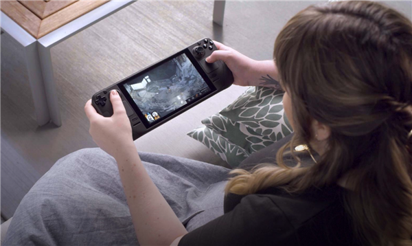 Valve正式发布Steam Deck掌机:能装Windows,甚至可以安装Epic商城