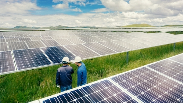 苹果公司推动中国供应商使用100%可再生能源 加快推进环保举措